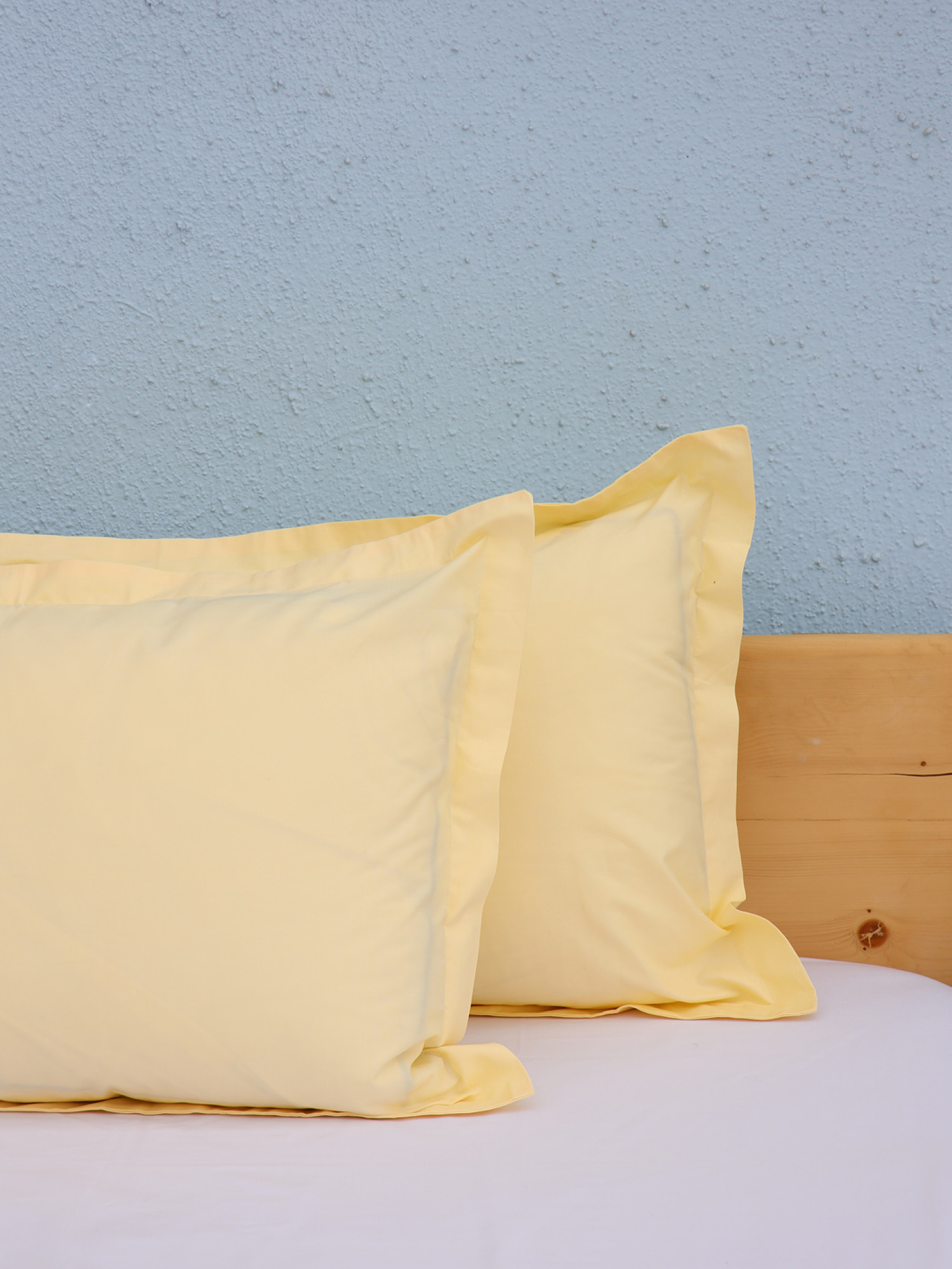 Solid Pillow Covers D4
