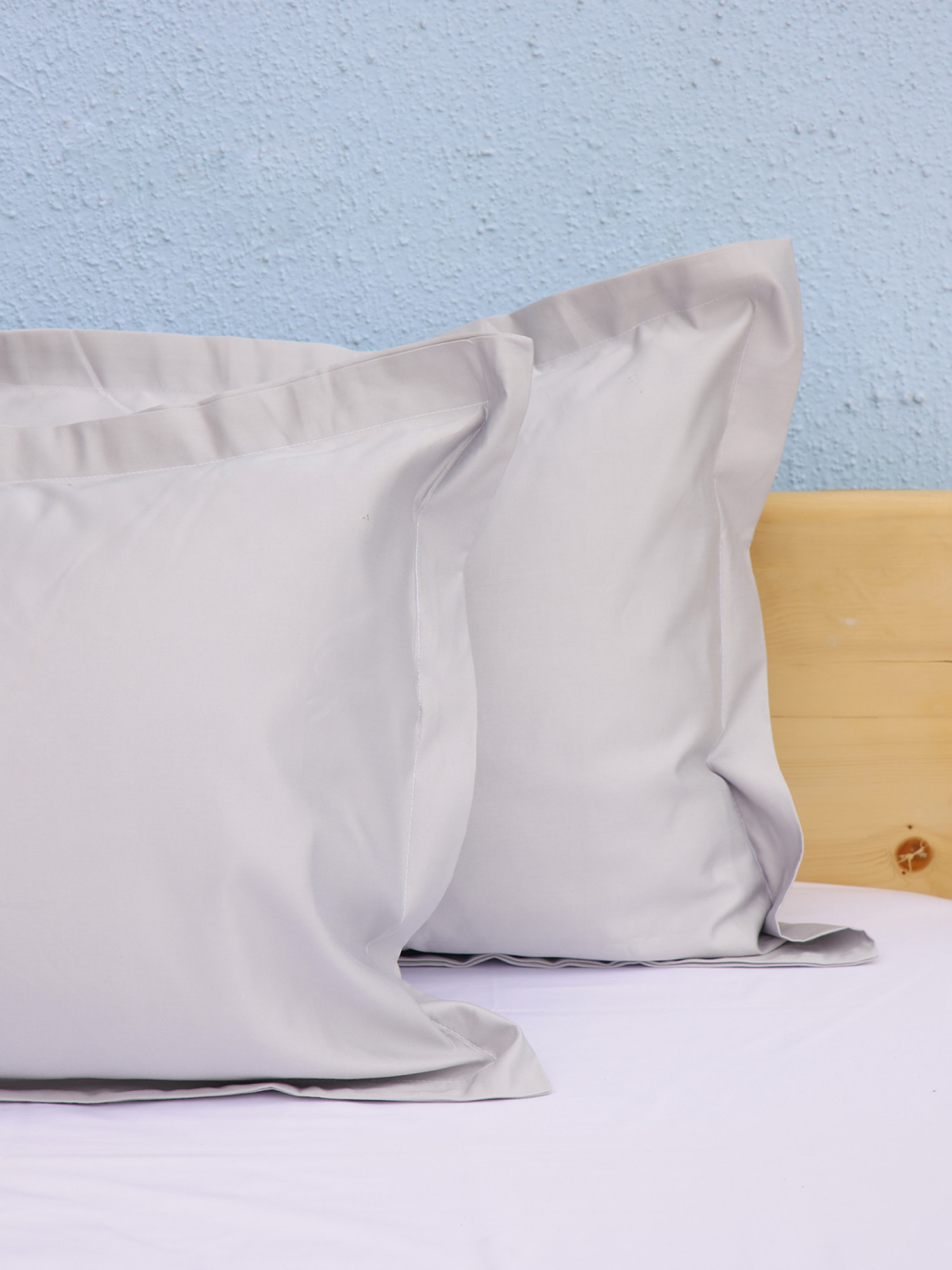 Solid Pillow Covers D7
