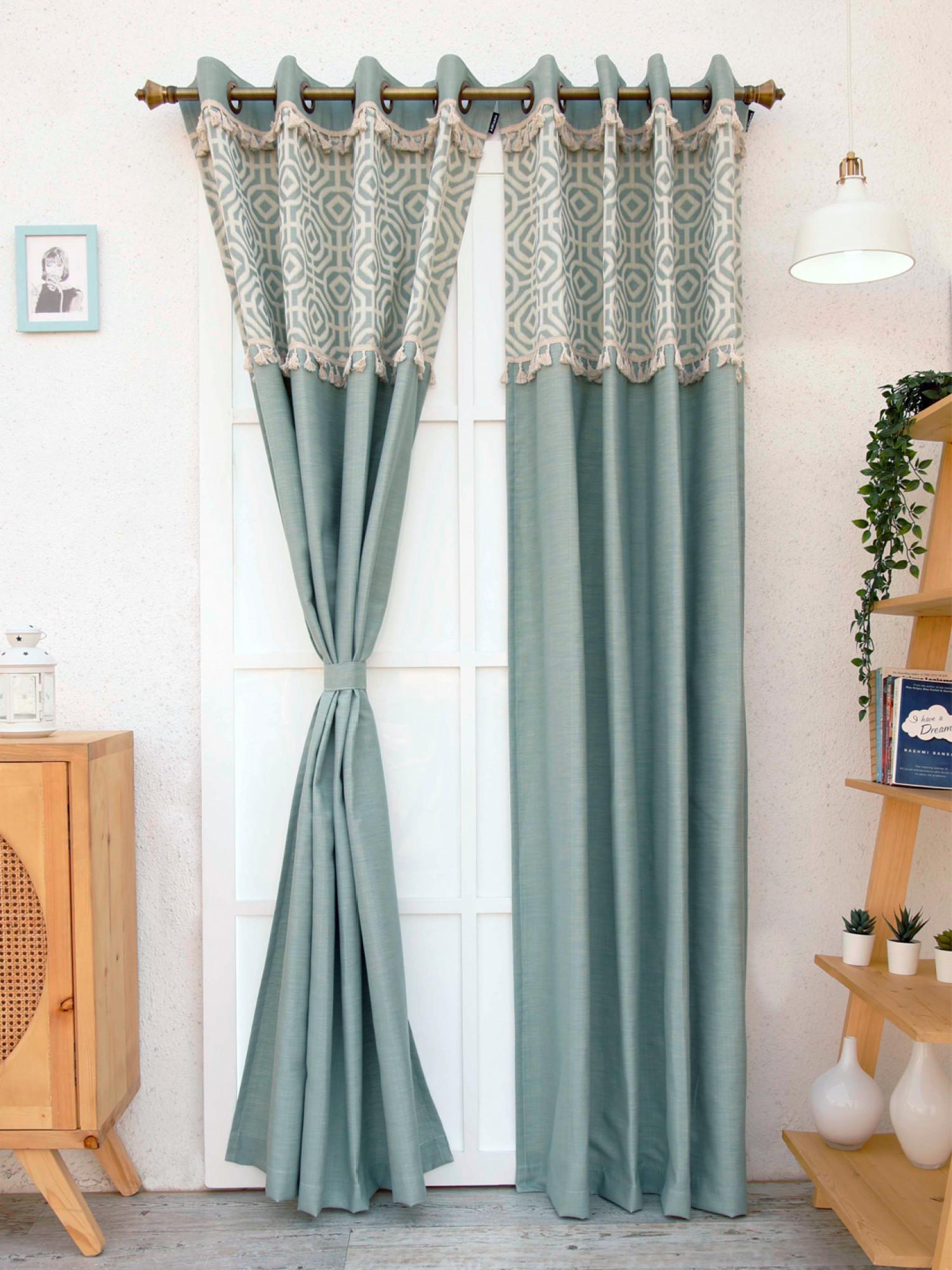 Clivia Curtain