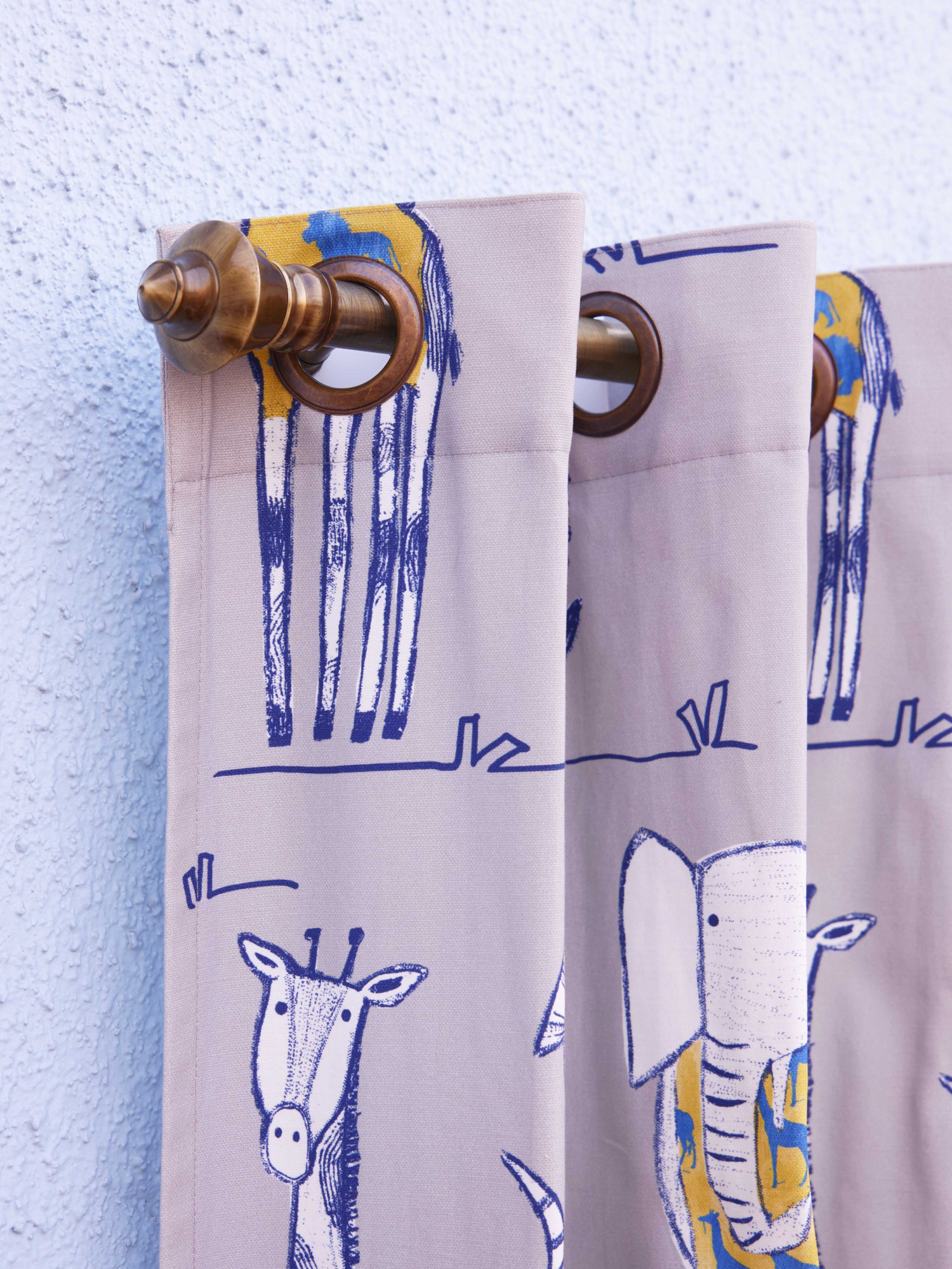 Peppy pets Curtain