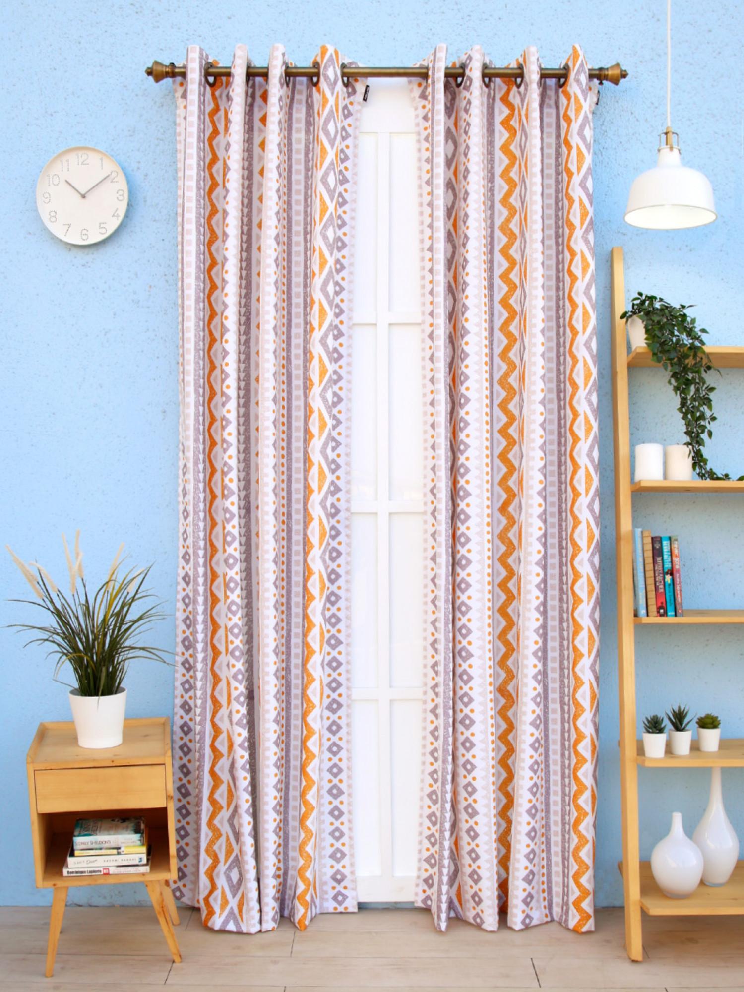 Zinnia Curtain