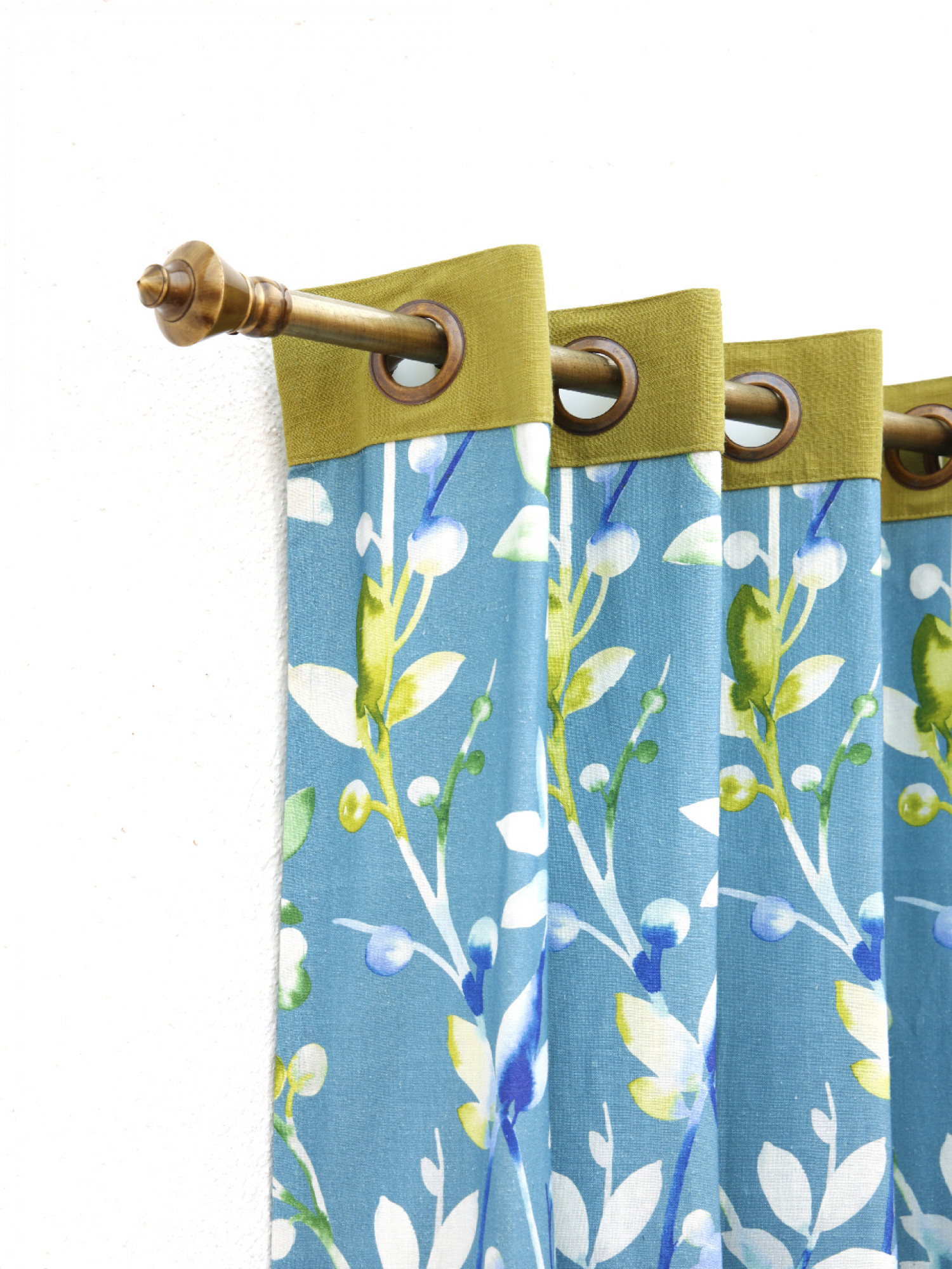 Aster Curtain