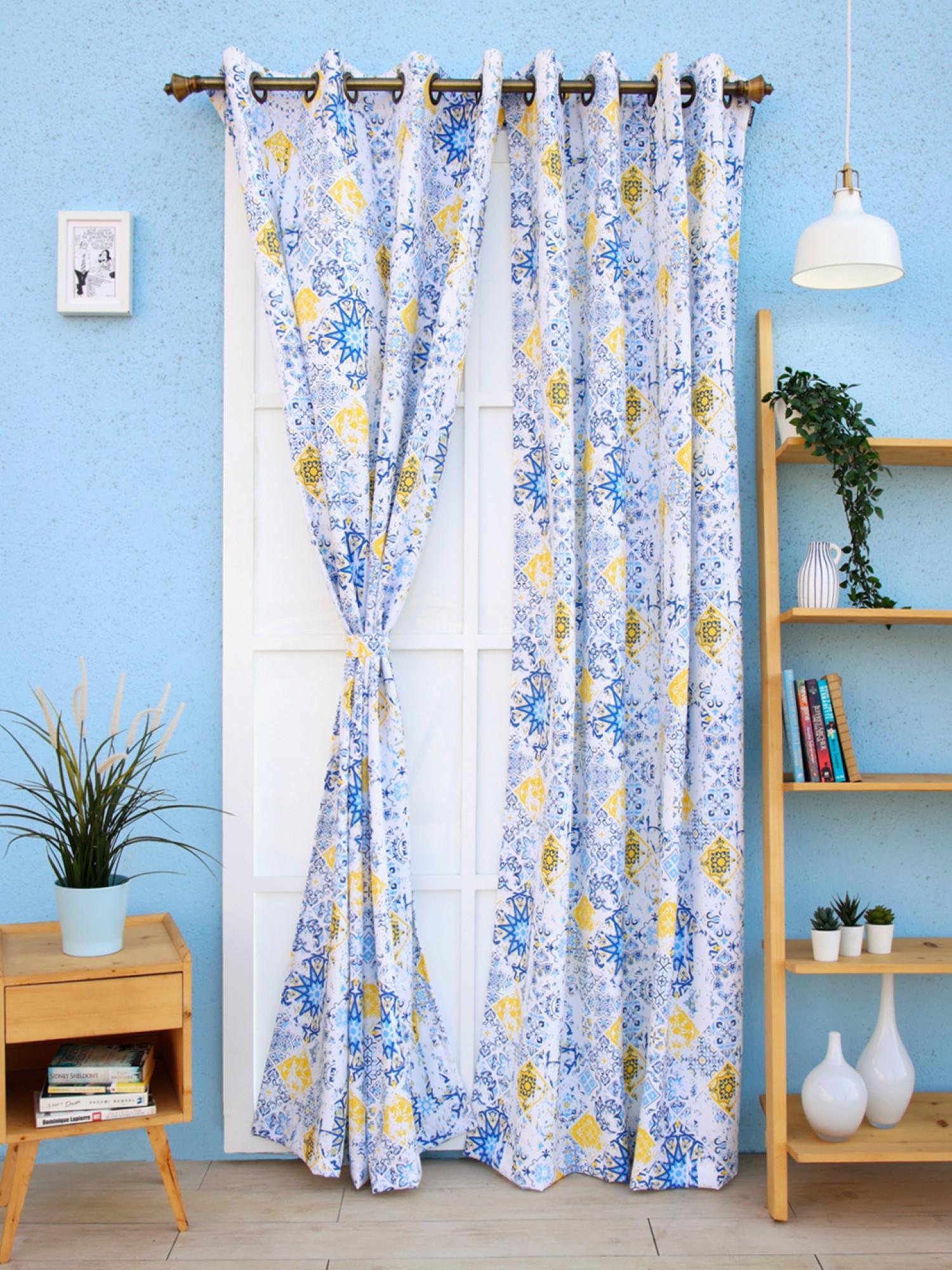 Iris Curtain