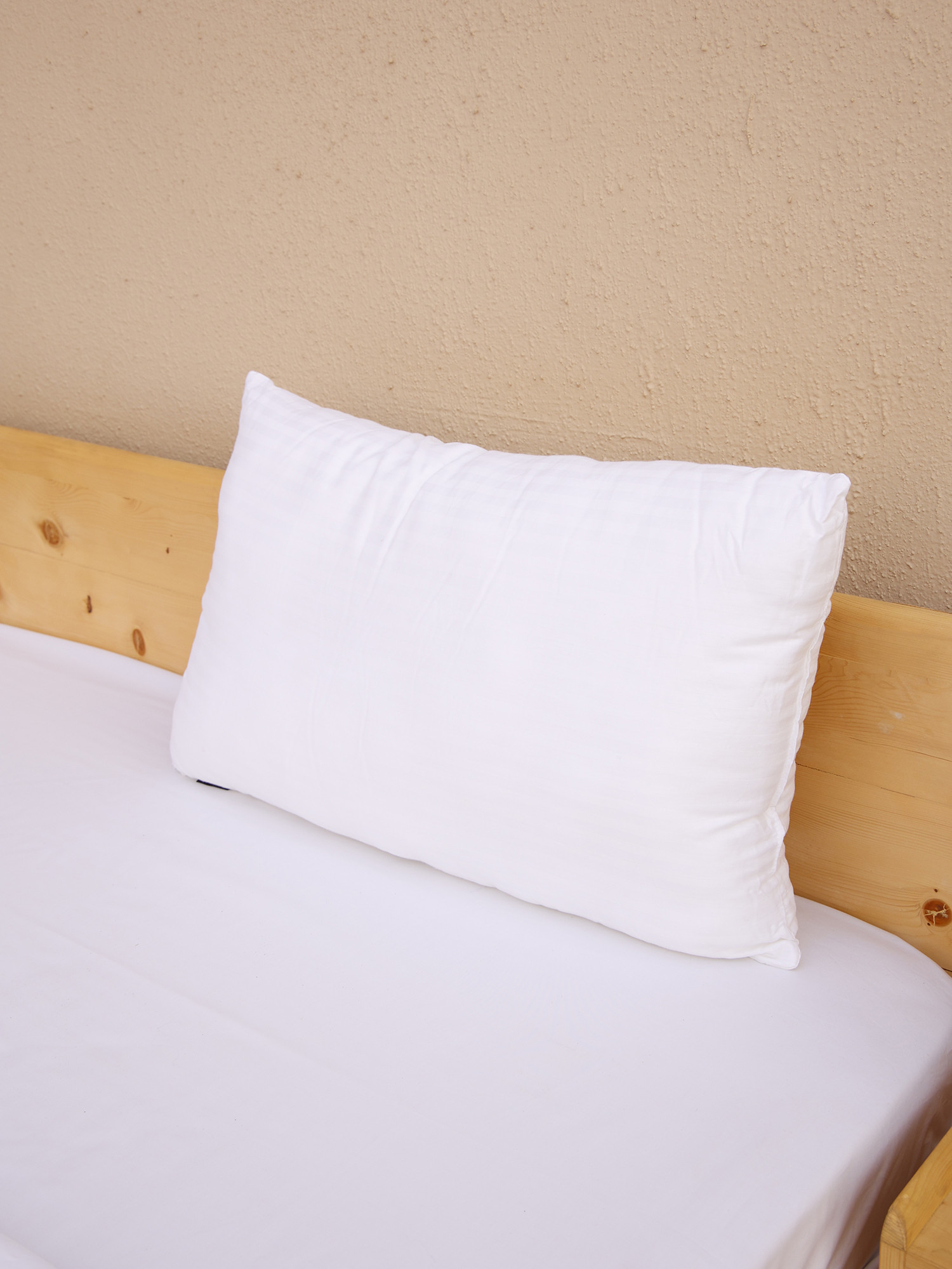 Solace Premium Pillow